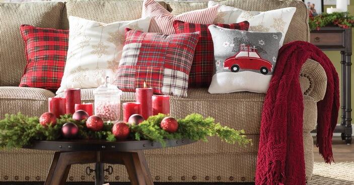 новогодний плед и подушки